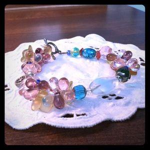 Jewelry - Pretty bracelet of many colors...